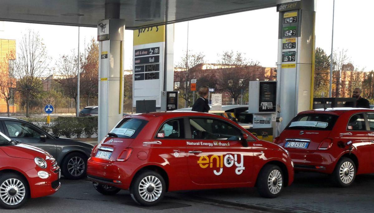 Автомобили Fiat 500 испытали новое топливо