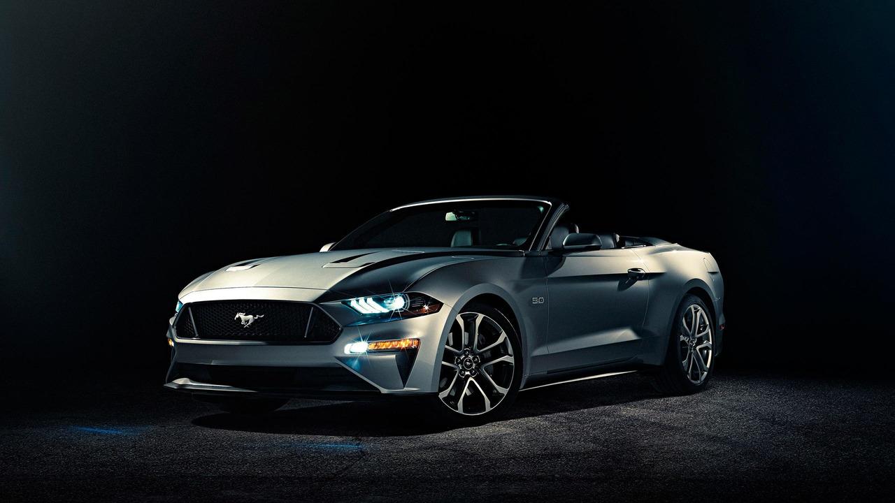 Ford представил обновленный кабриолет Mustang