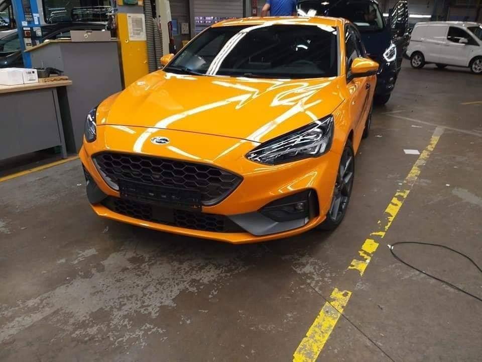 Раскрыта внешность нового «заряженного» хэтчбека Ford Focus ST