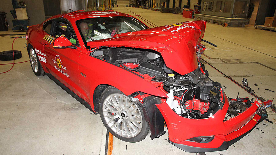 Ford Mustang 2017 получил «двойку» в краш-тестах Euro NCAP