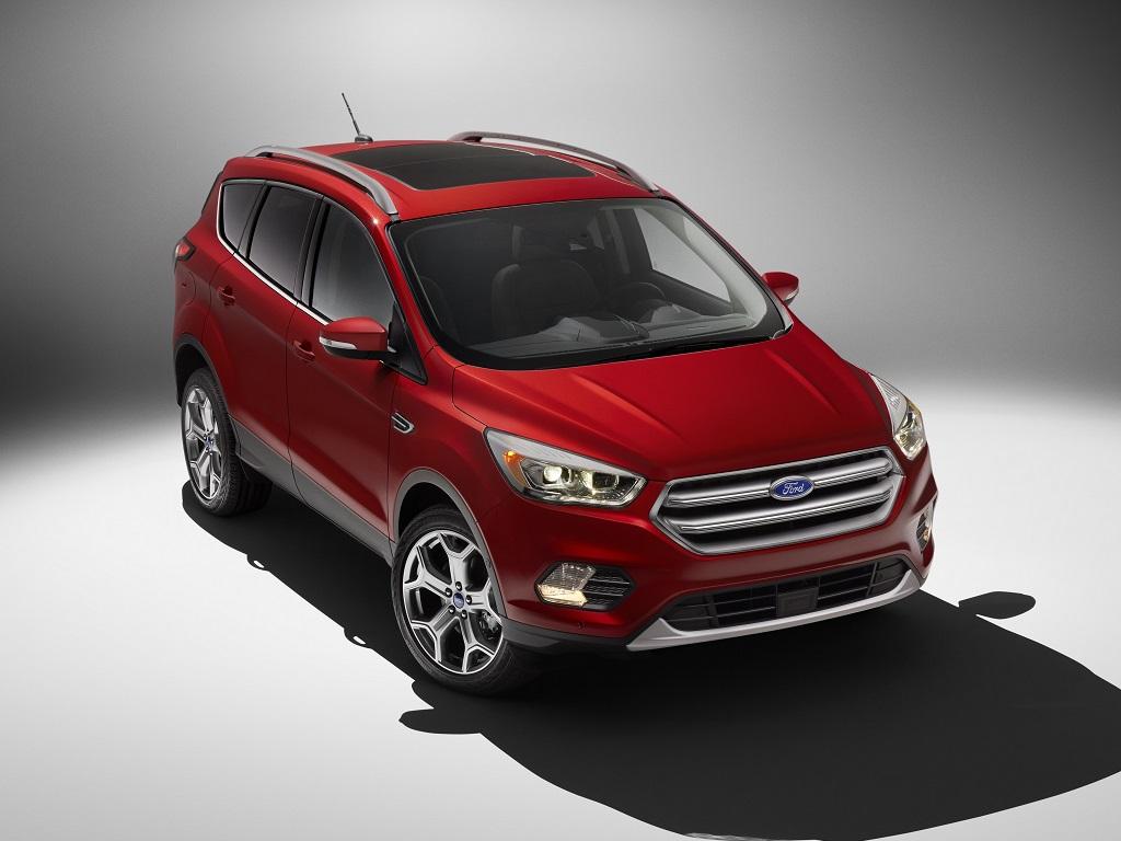 Американский Ford Kuga получил обновлённое «лицо»
