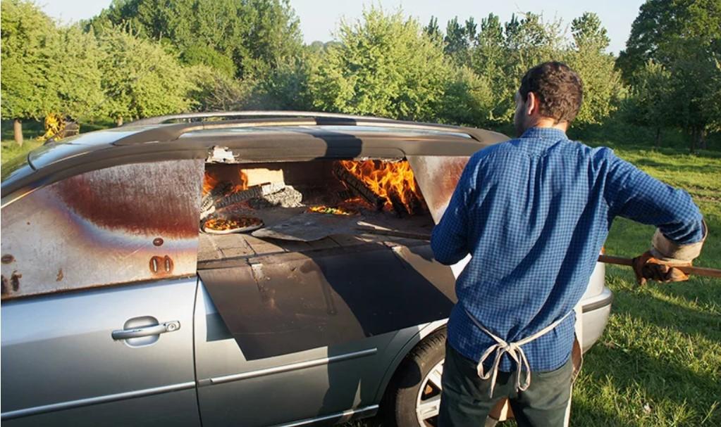 Француз превратил старый Ford в печь