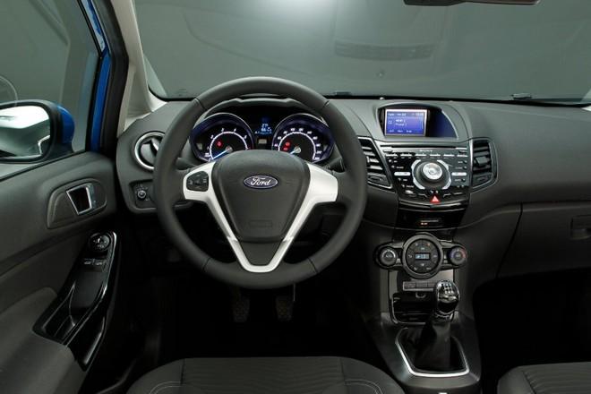 Ford Fiesta — интерьер