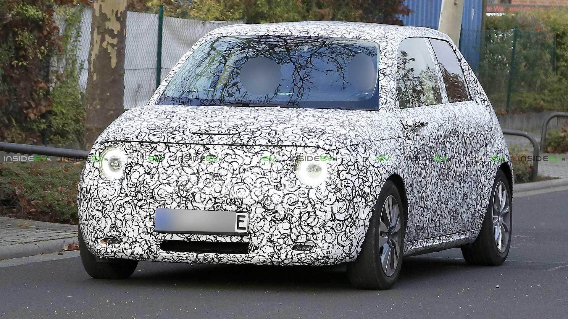 Электрический хэтчбек Honda впервые замечен на тестах