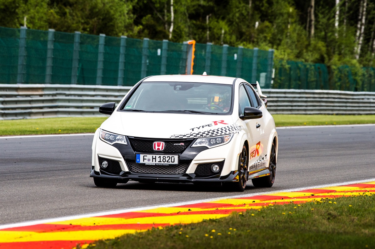 Honda Civic Type R наберёт «сотню» за 5 секунд