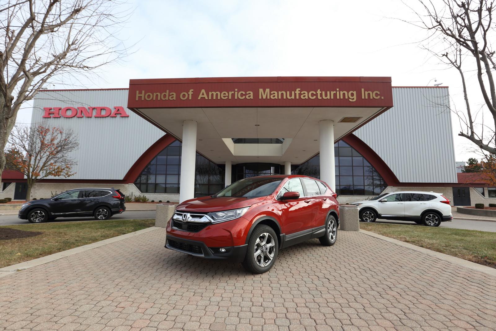 Honda начала выпускать кроссовер CR-V нового поколения