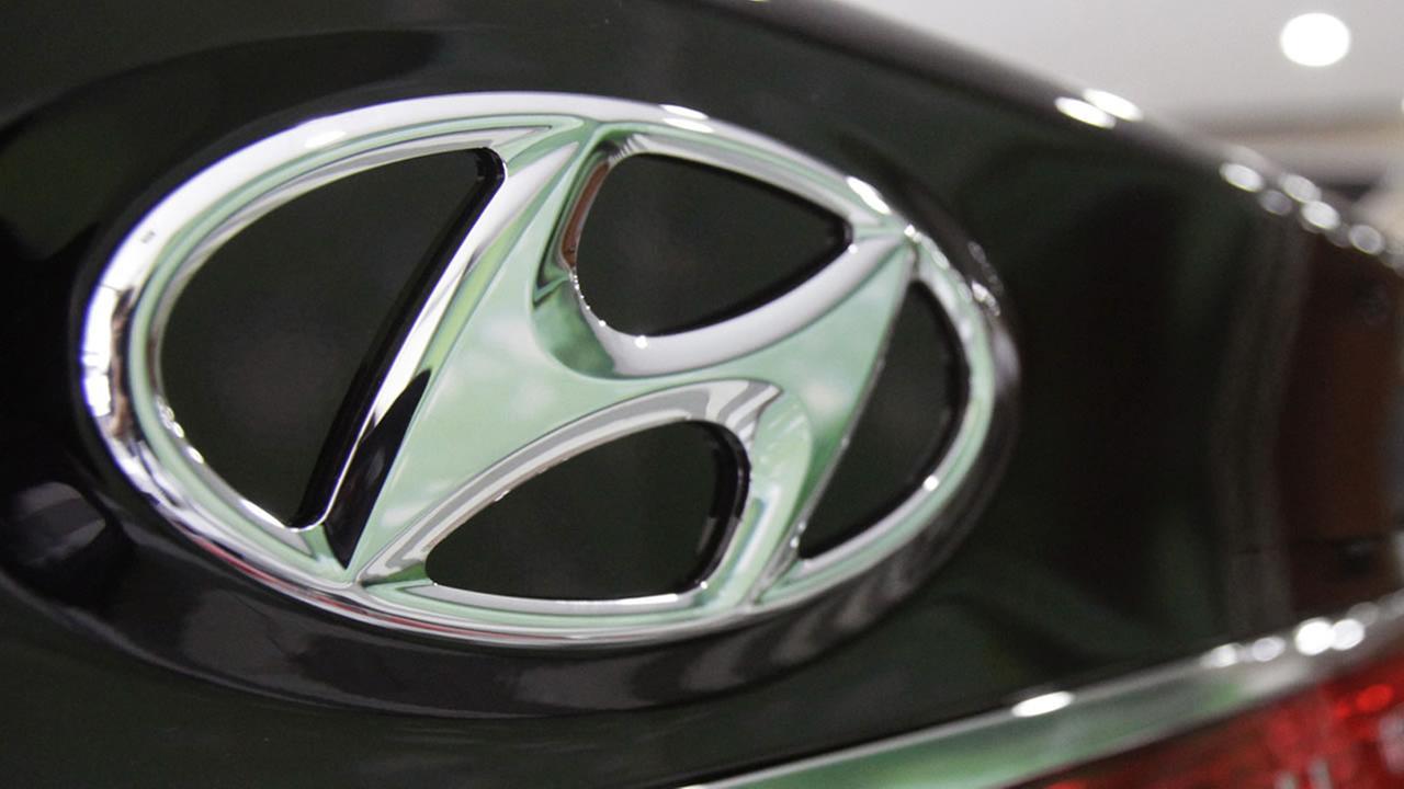 Компания Hyundai наняла дизайнера Bentley и построила экзоскелет