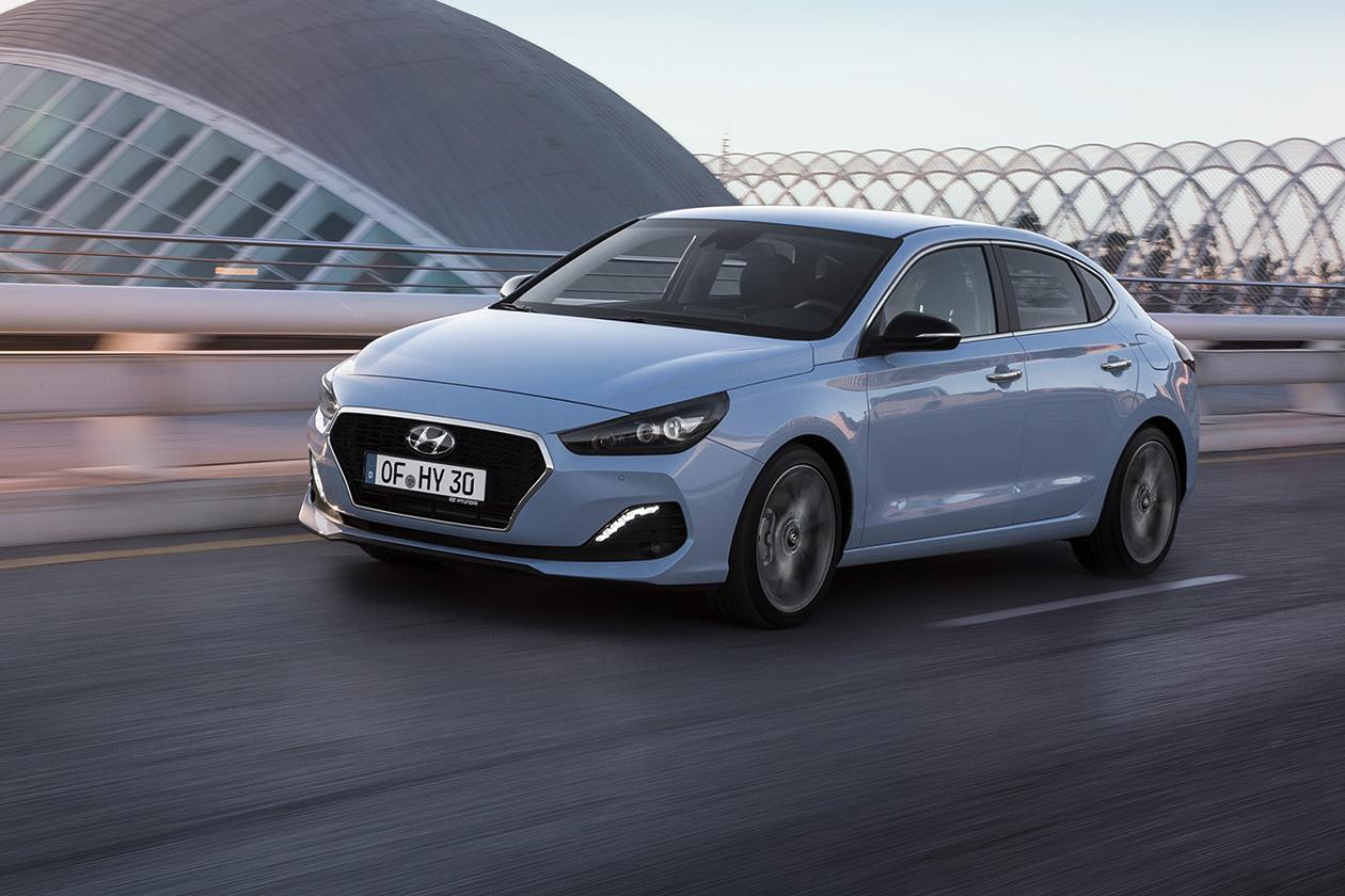 Новый Hyundai i30 Fastback получил украинские цены