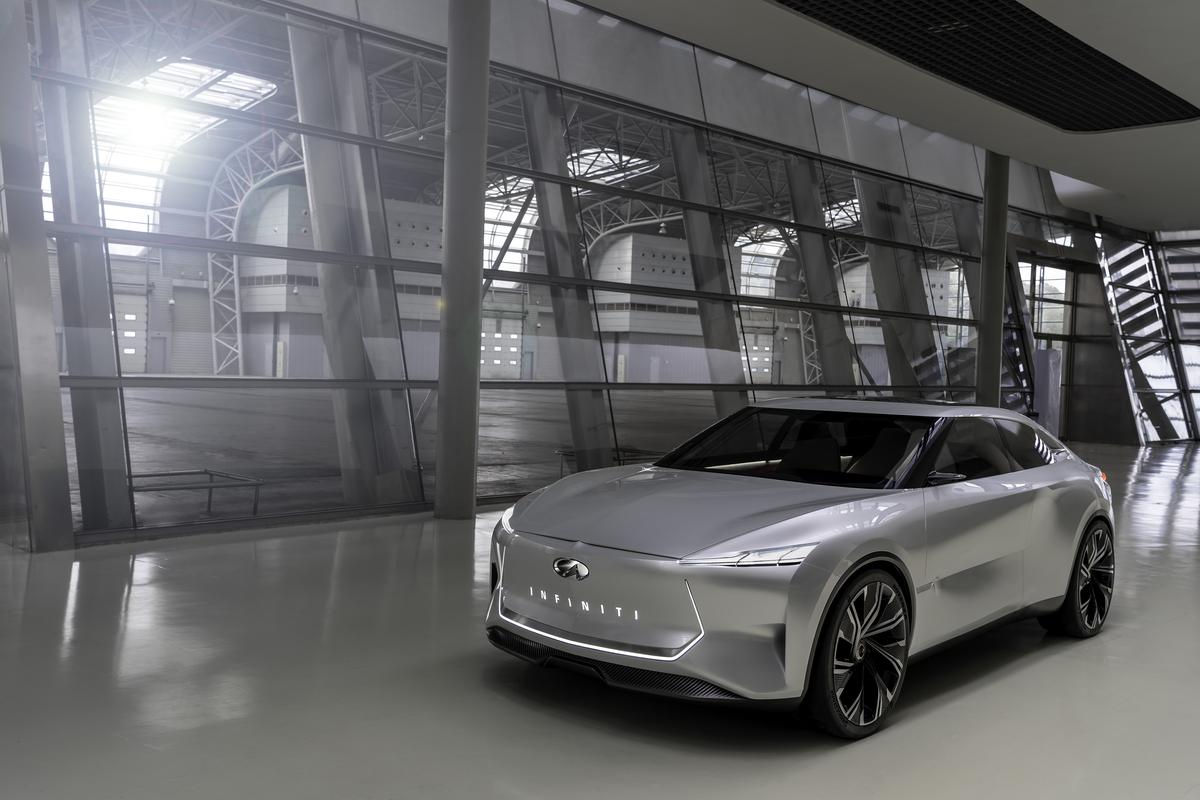 Седан Infiniti Qs Inspiration раскрыл дизайн электромобиля, который станет серийным