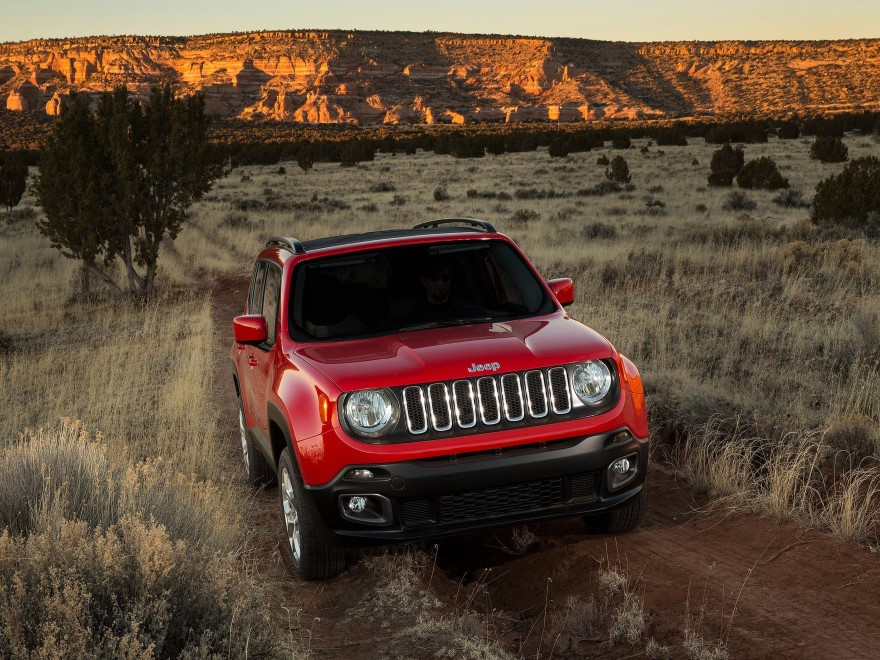 http://autonews.autoua.net/media/uploads/jeep/jeep_renegade_2015_(12)_(custom).jpeg