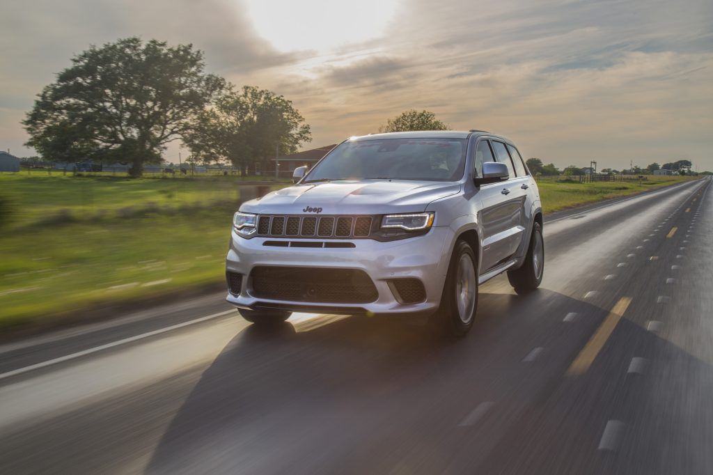 Тюнеры из Hennessey Performance прокачали Jeep Grand Cherokee Trackhawk