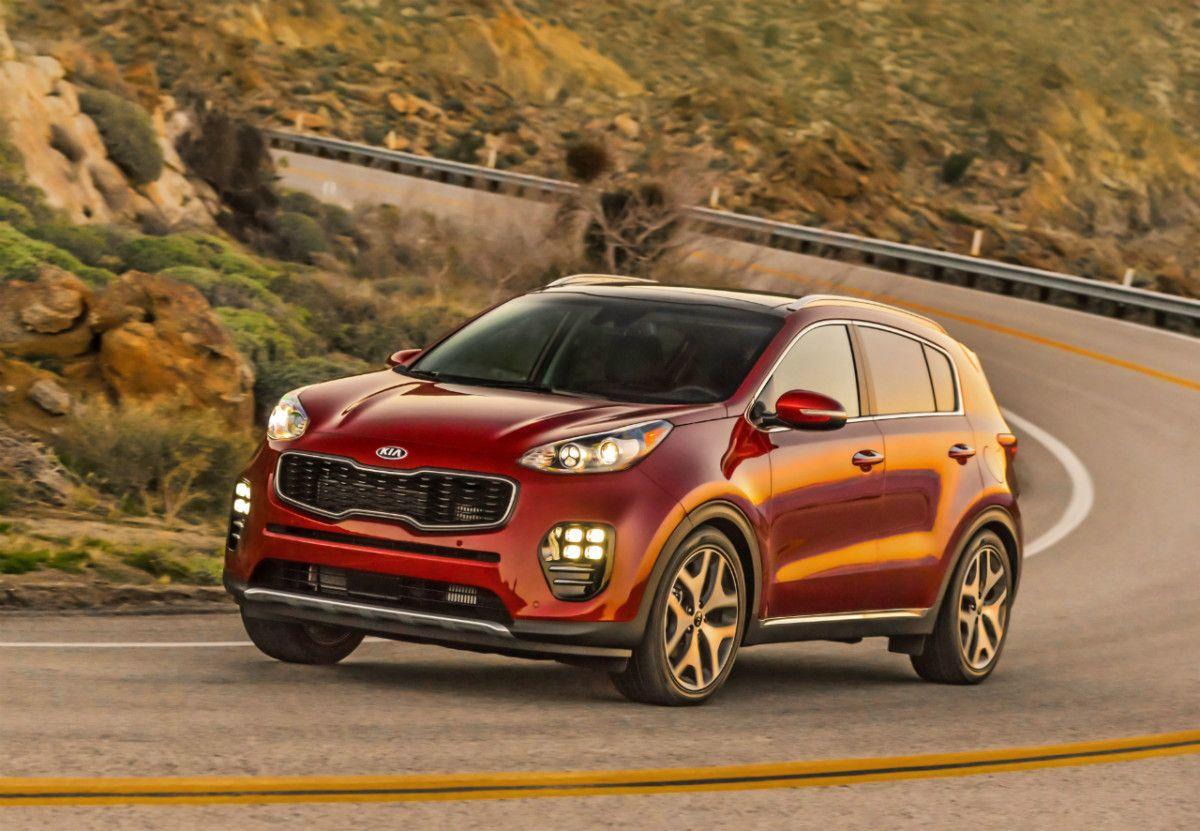 Спрос на новые легковые автомобили в октябре упал на 6%