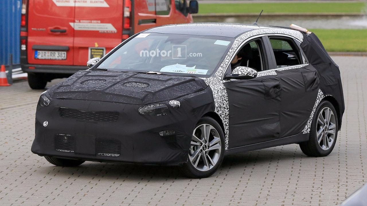 Новый Kia cee'd появится в 2017 году