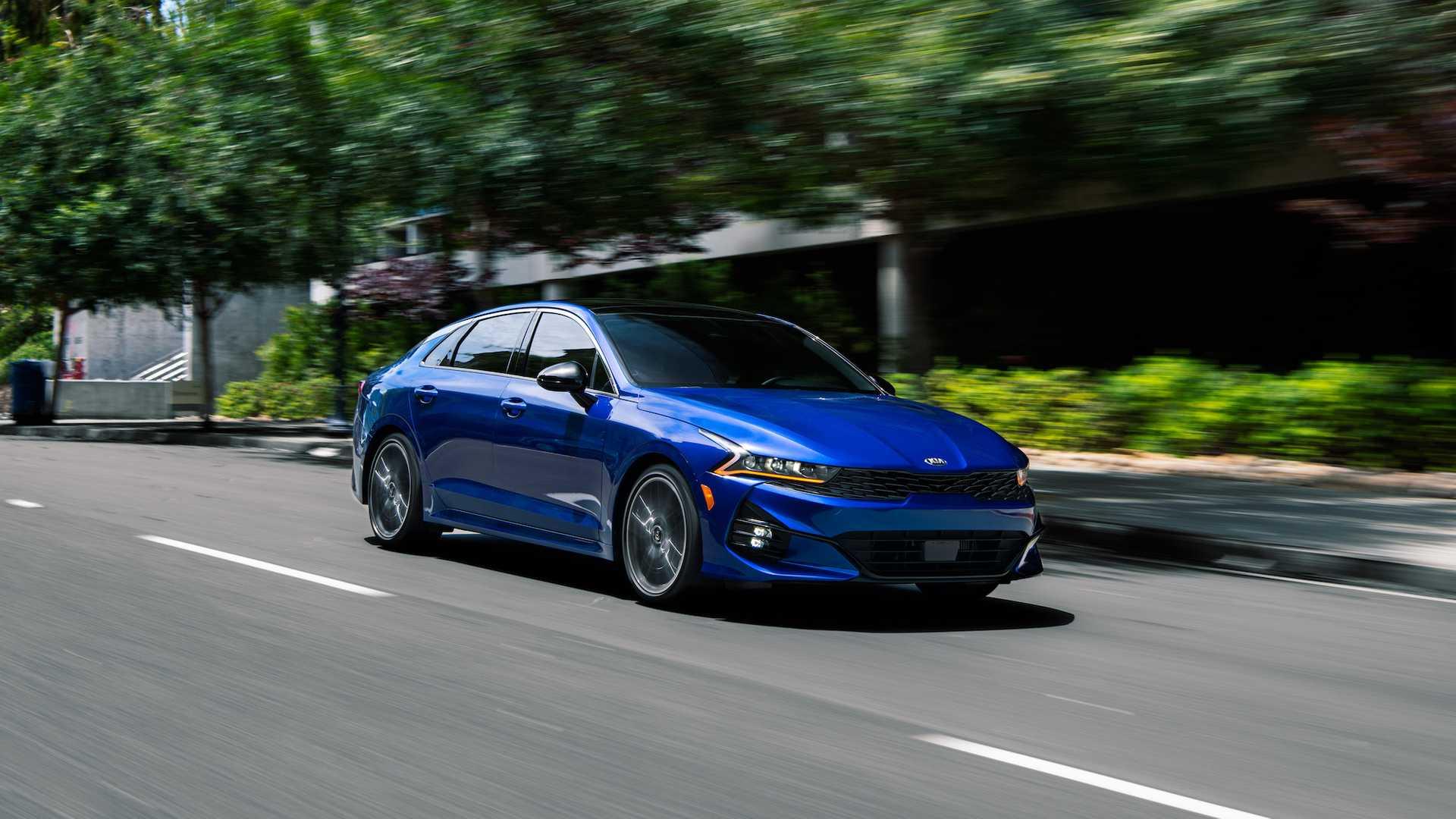 Новый Kia K5: американская спецификация