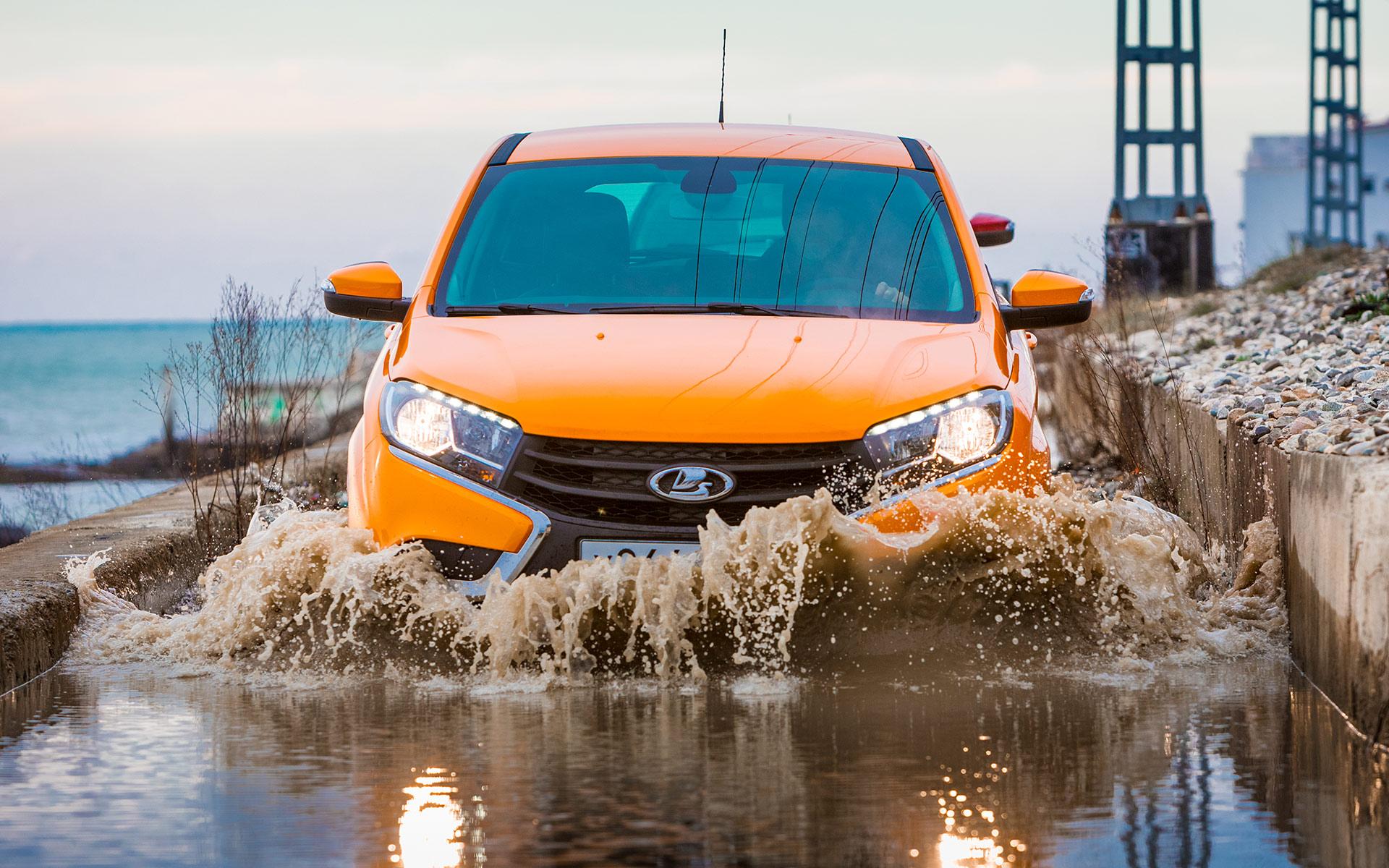 Полноприводный Lada XRay назовут на букву «Х»