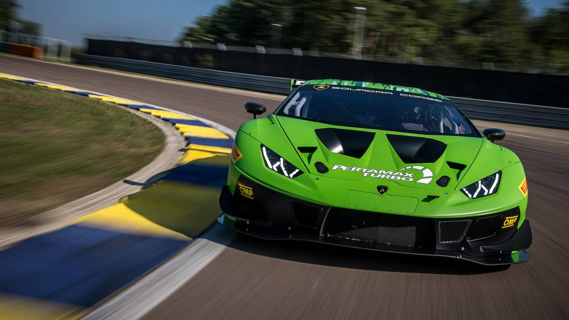 Lamborghini представила обновленное купе Huracan GT3 Evo