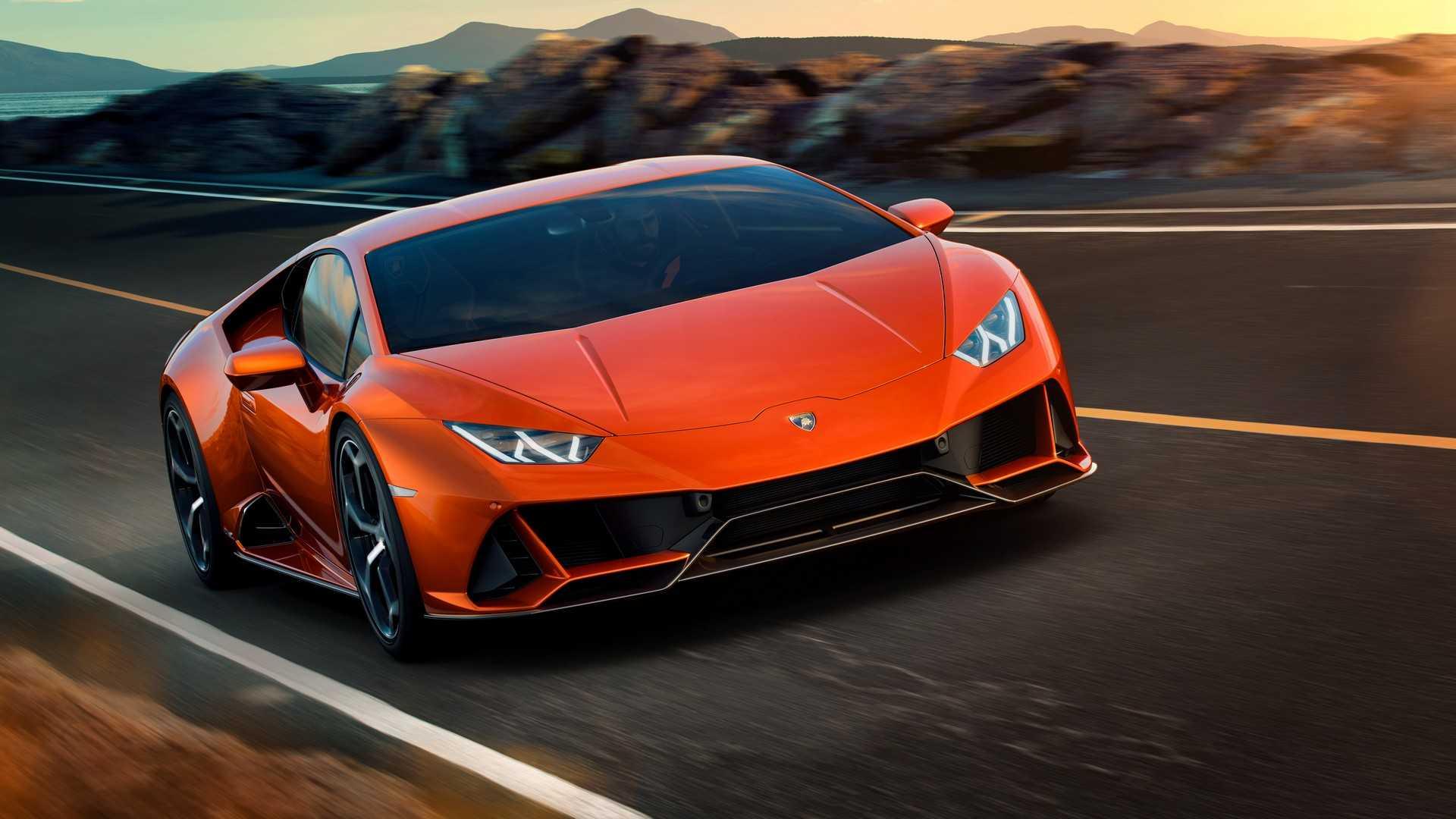 Представлен обновленный суперкар Lamborghini Huracan Evo