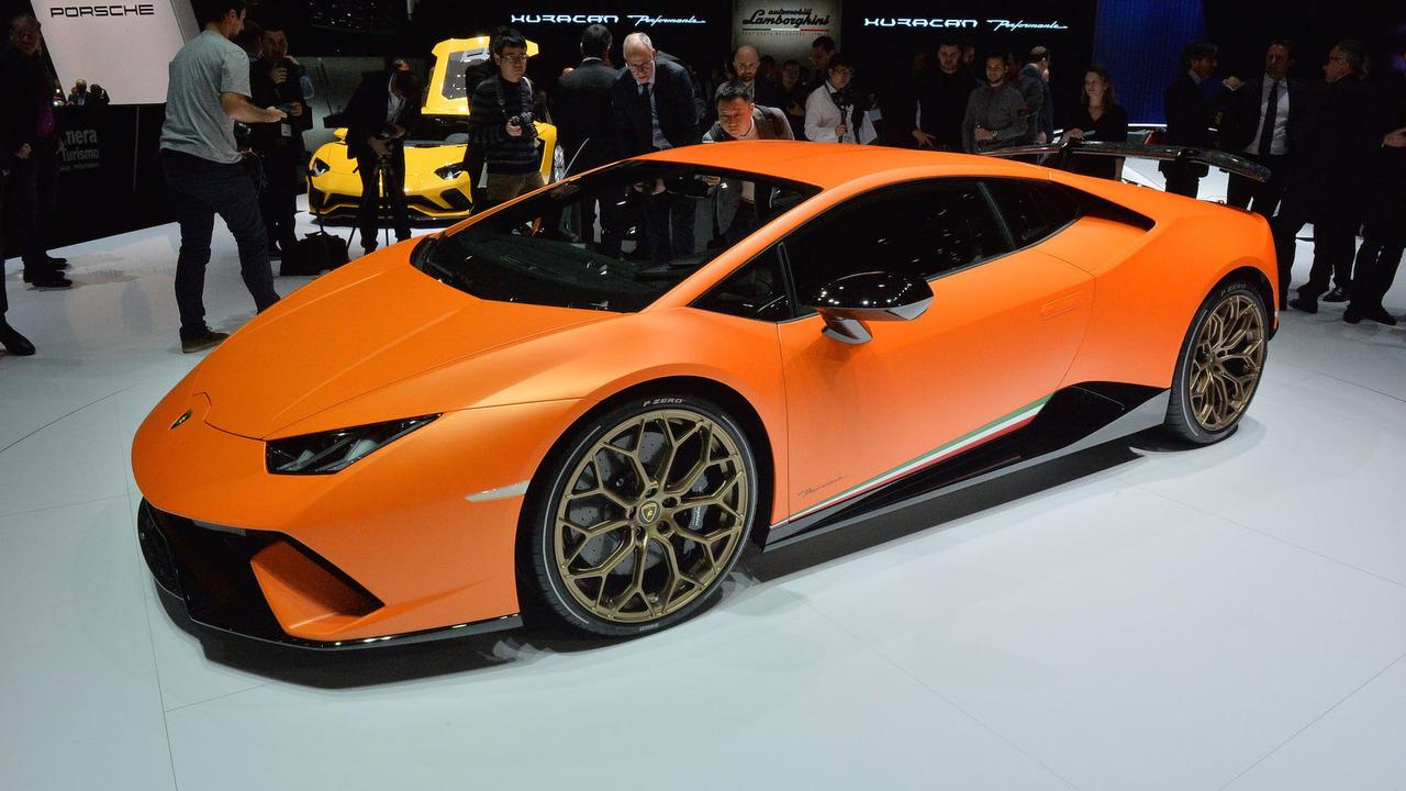 Lamborghini представила новый суперкар Huracan Performante