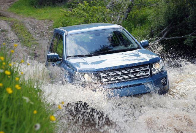 Land Rover Freelander 2 2013 — экстерьер, фото 3