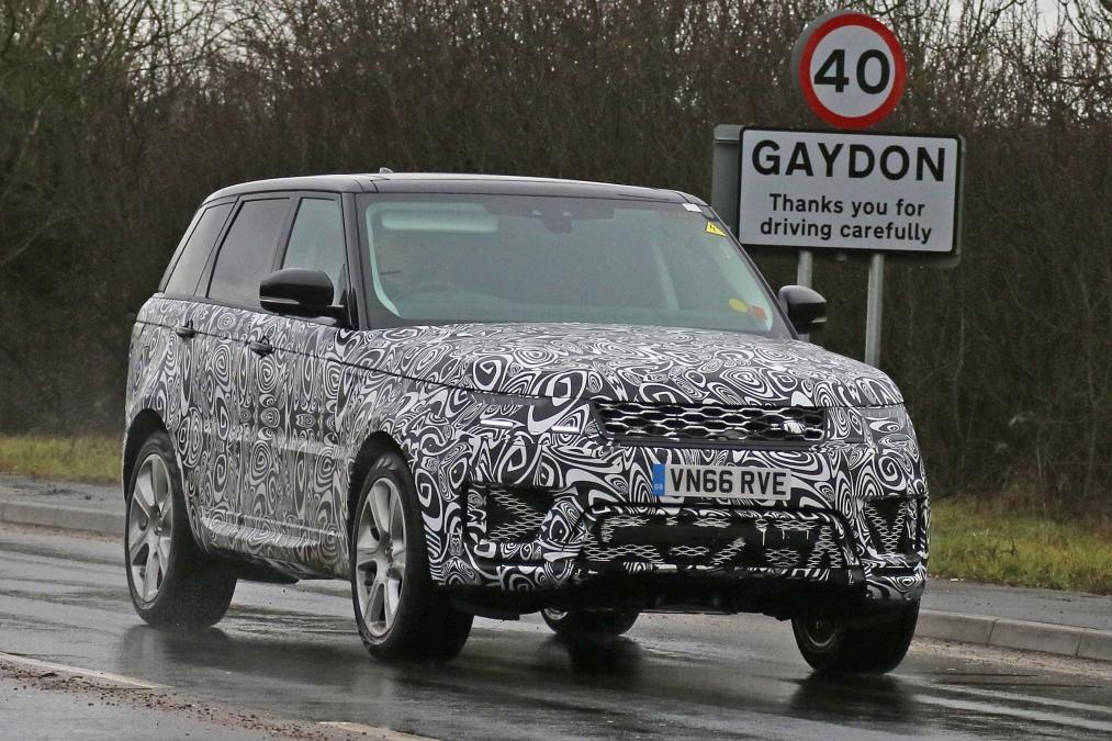 Range Rover Sport станет подзаряжаемым гибридом