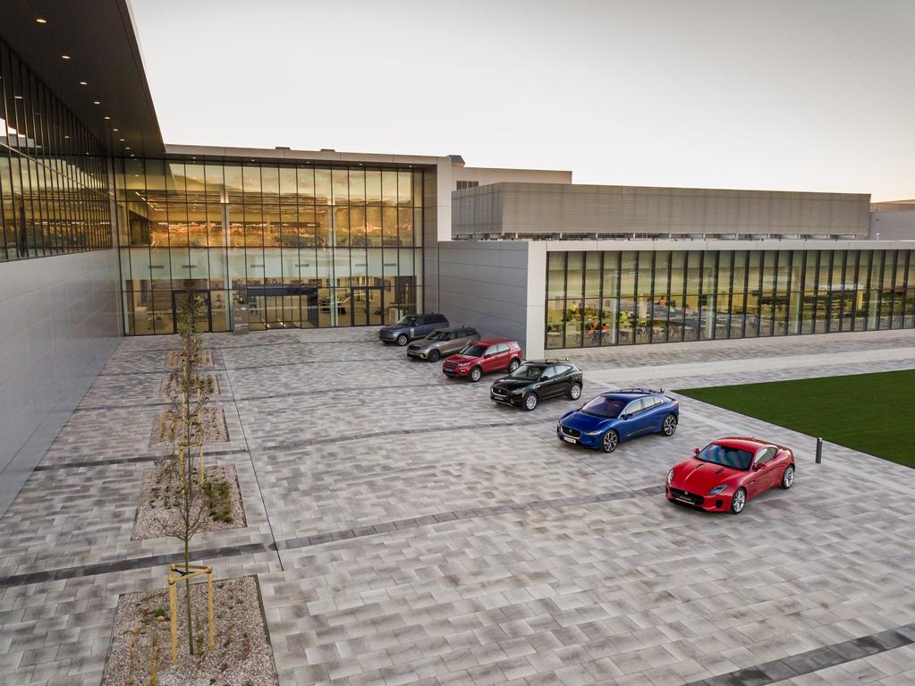 В Словакии открылся новый завод Jaguar Land Rover
