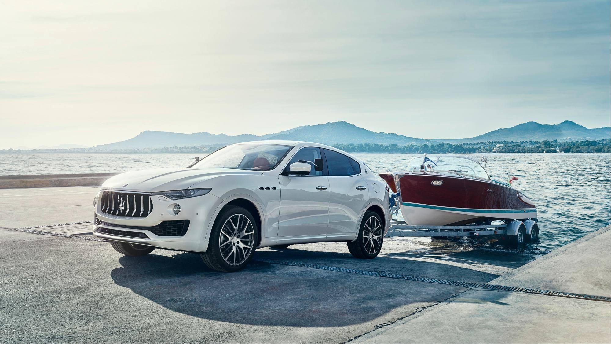 Объявлена украинская стоимость кроссовера Maserati Levante