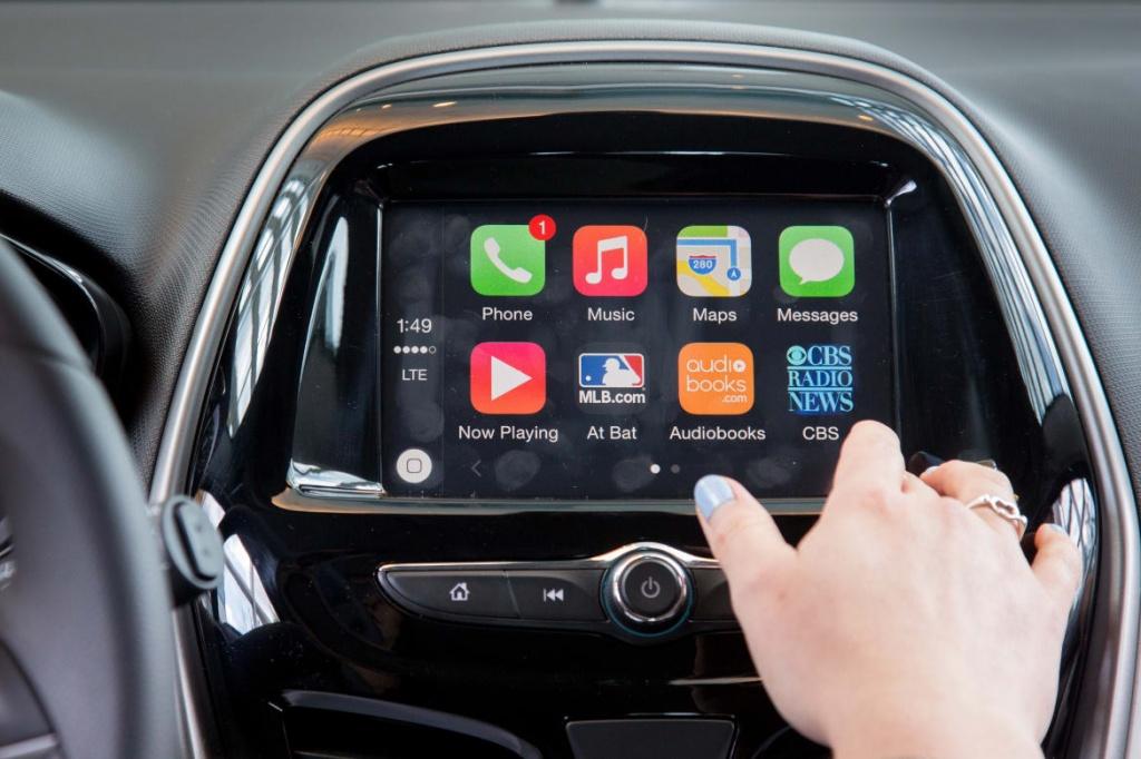 Автомобилям Mazda в Украине предложили системы Android Auto и Apple CarPlay