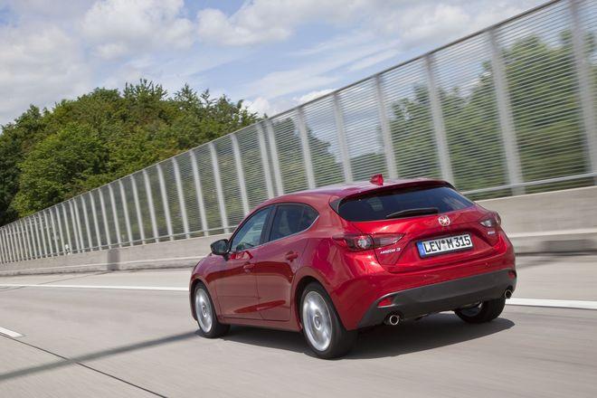 Mazda3 фото