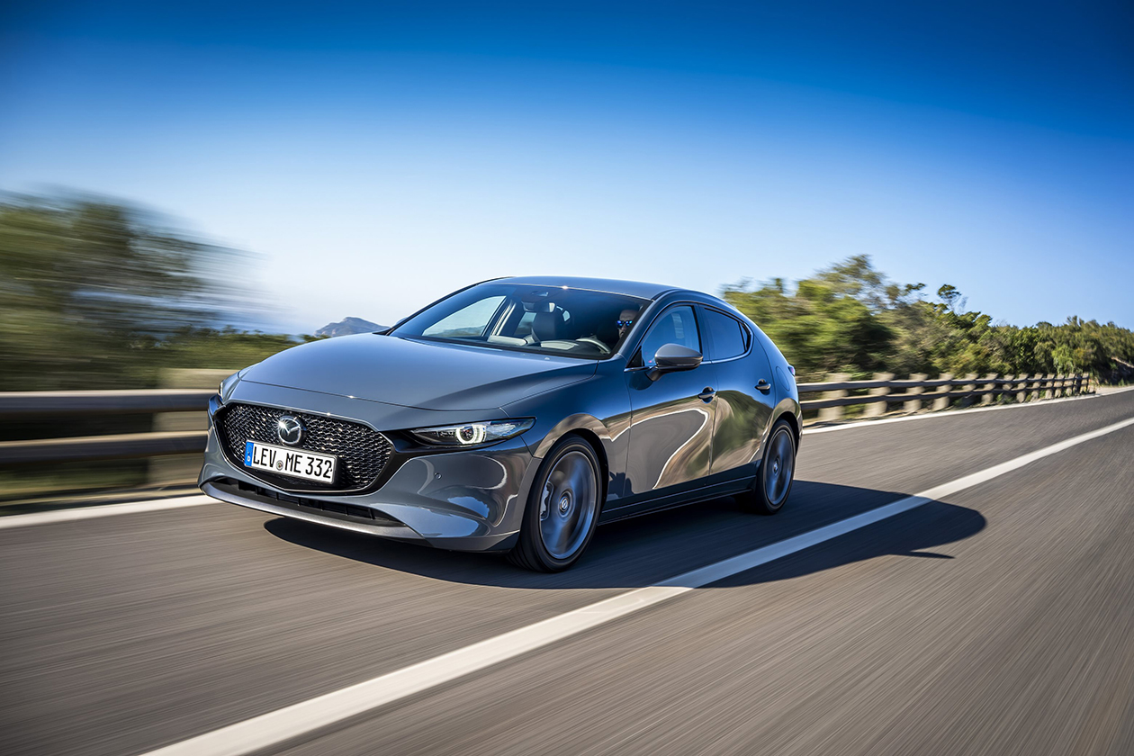 Mazda представила новую «тройку» для Европы