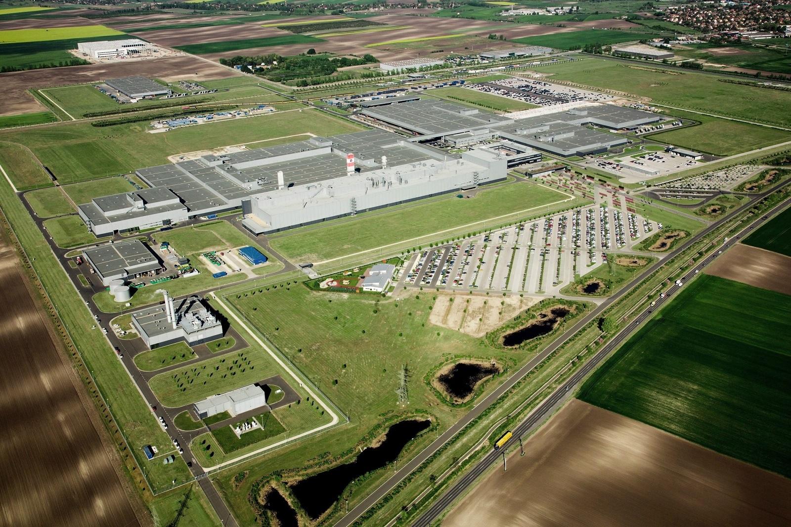 Концерн Daimler построит второй завод Mercedes в Венгрии