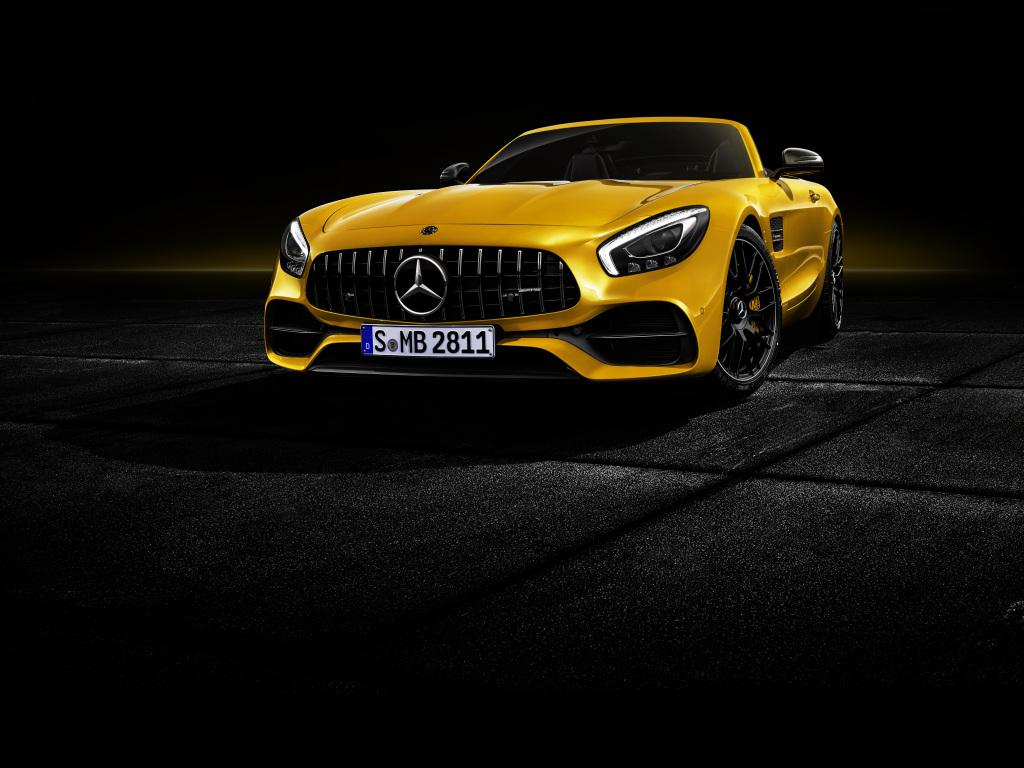 Mercedes-Benz представил AMG GT S Roadster