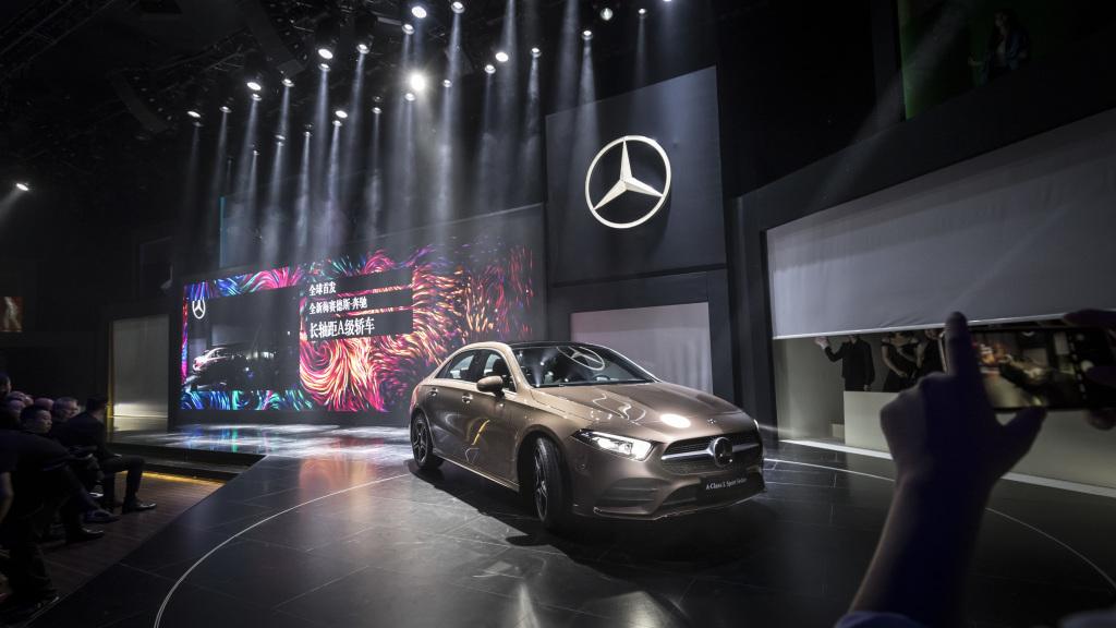 Mercedes-Benz представил A-Class седан