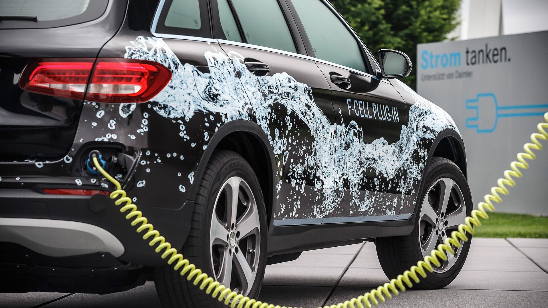 Mercedes-Benz показал прототип гибридного водородомобиля