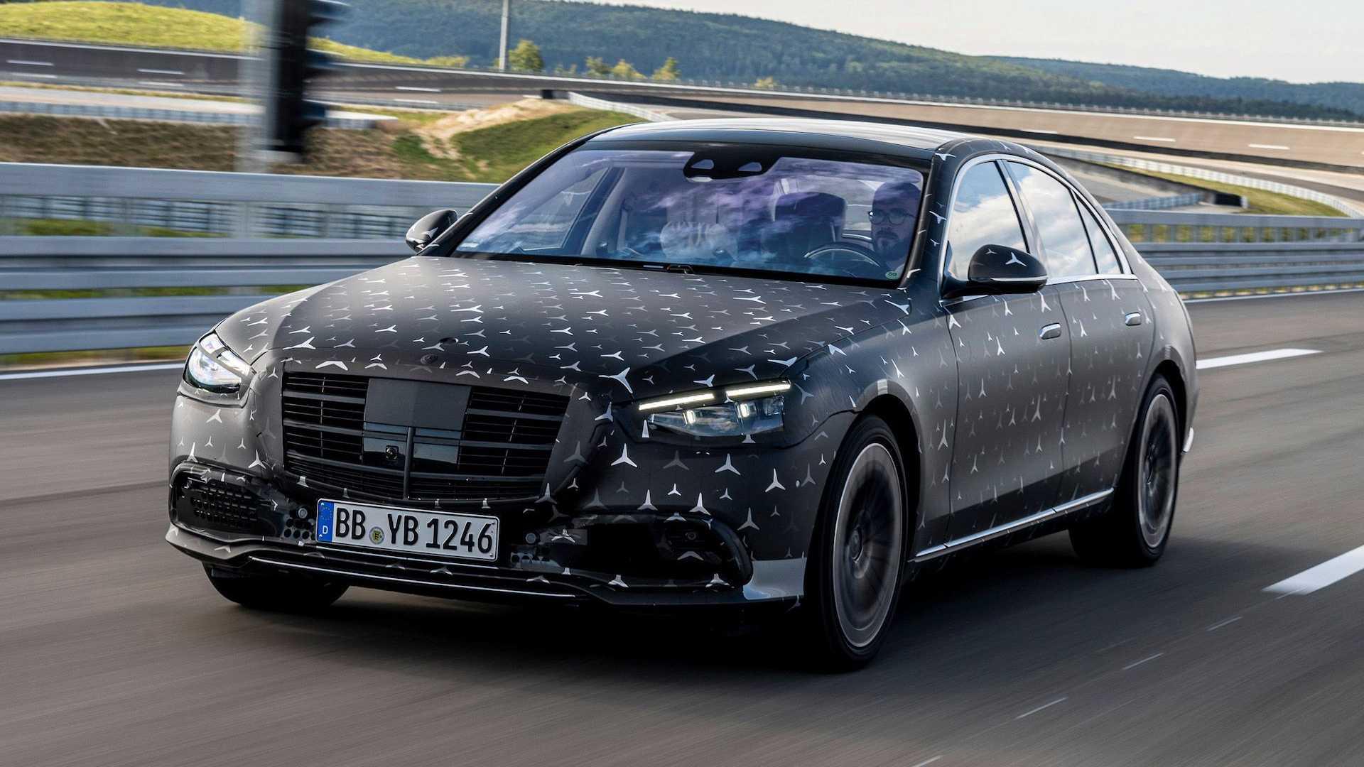 Новый Mercedes-Benz S-Class при  боковом столкновении