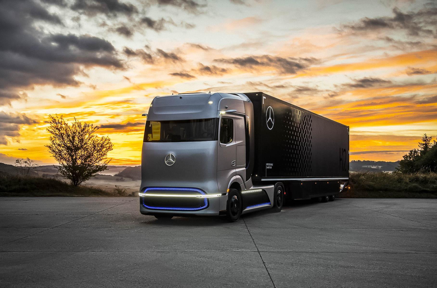 Водородный грузовик Mercedes-Benz: 900 л.с. и 1000 км без дозаправки