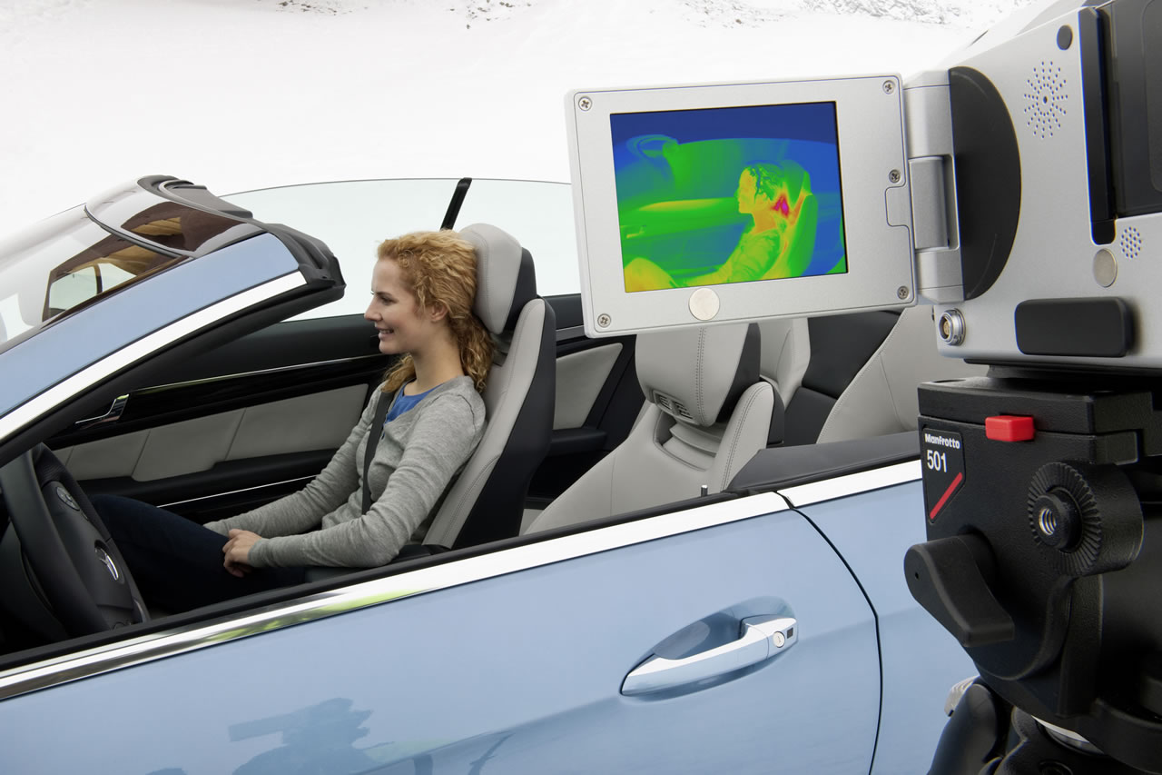В Германии запретили продавать кабриолеты Mercedes-Benz с системой Airscarf
