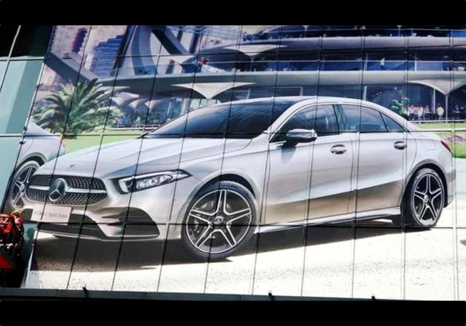 Седан Mercedes-Benz A-Class нового поколения засветился на фото
