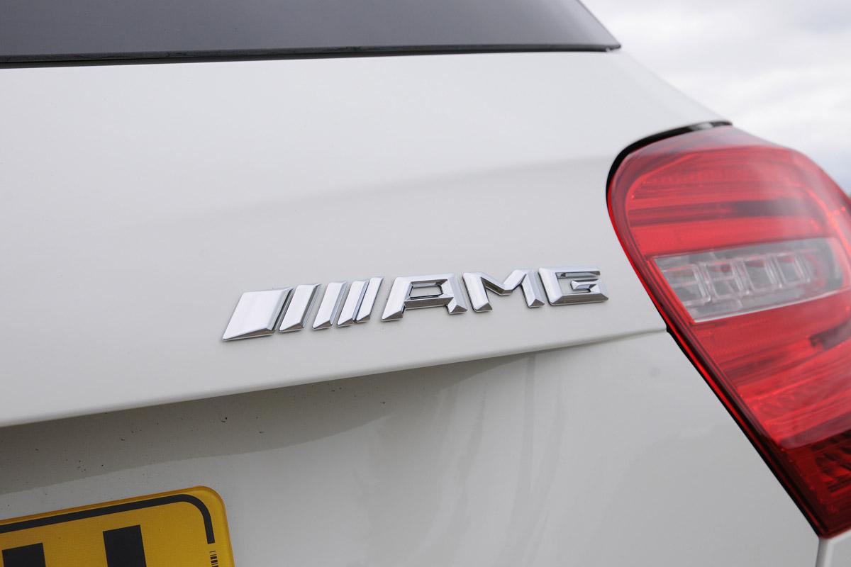 Хэтчбэк Mercedes-AMG A45 получит девятиступенчатую трансмиссию
