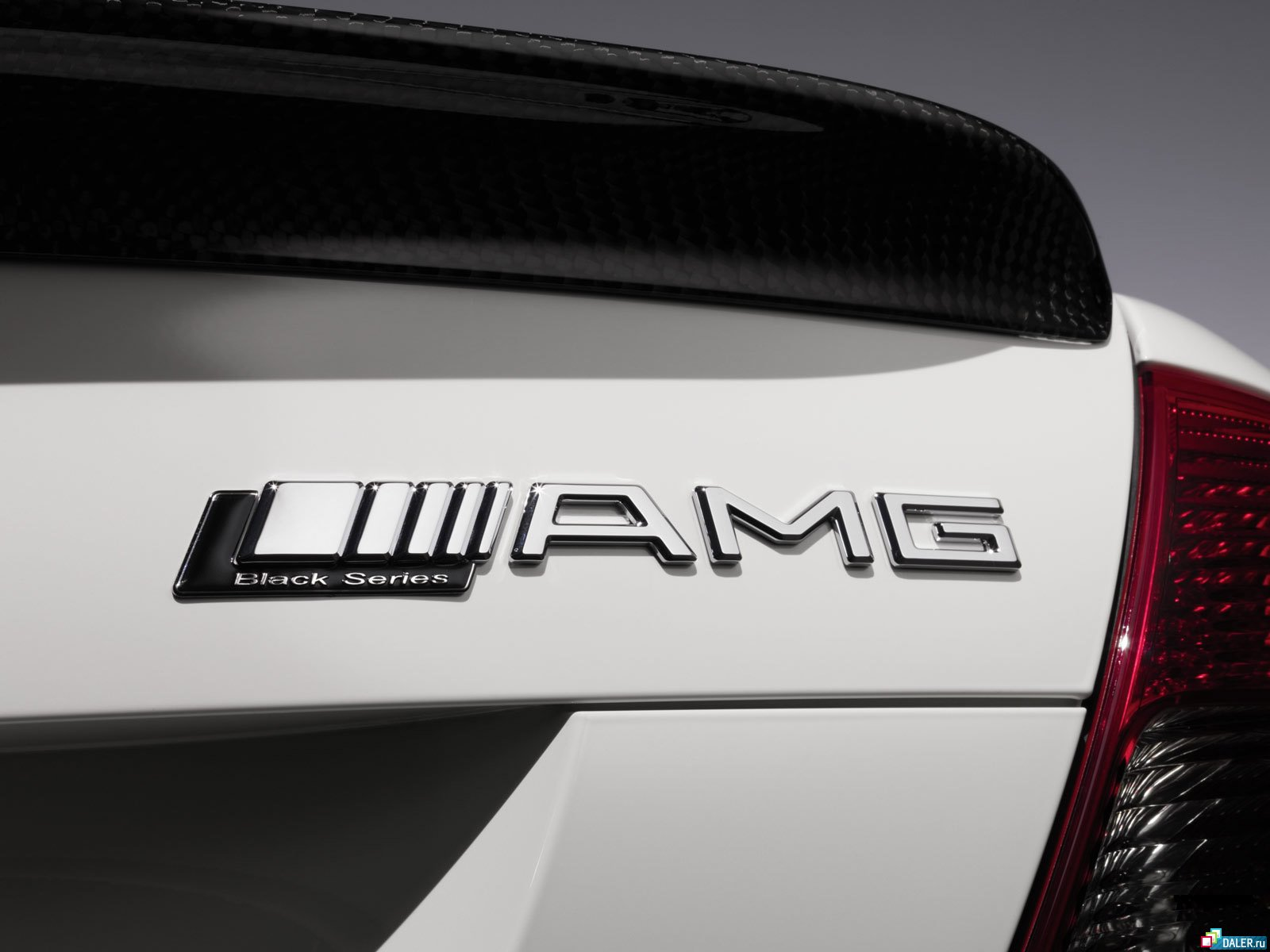 Mercedes-Benz отметит юбилей AMG 1300-сильным гиперкаром