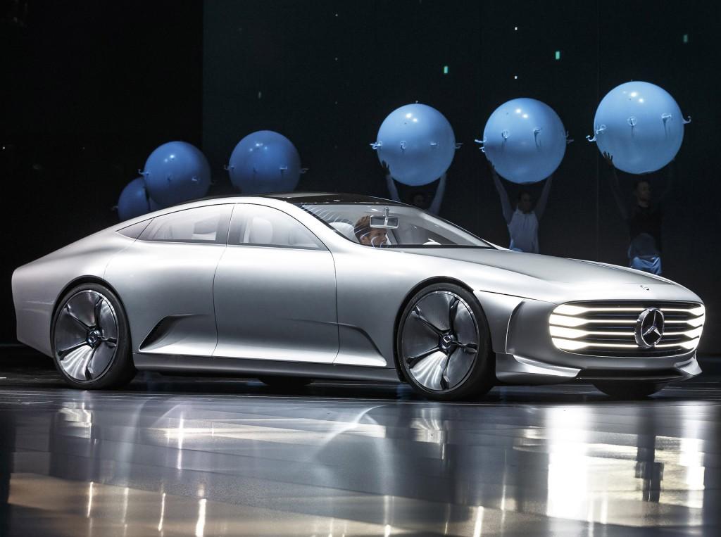 Mercedes придумал название линейке электрокаров