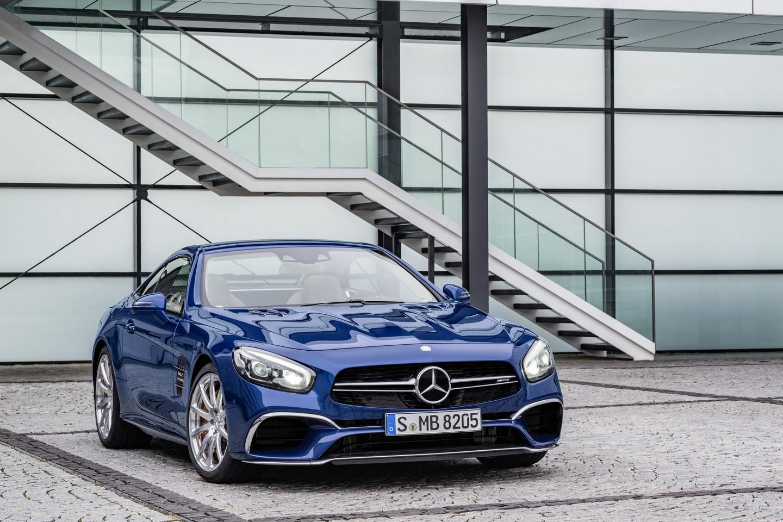 Mercedes-Benz SL «прикинулся» спорткаром AMG GT