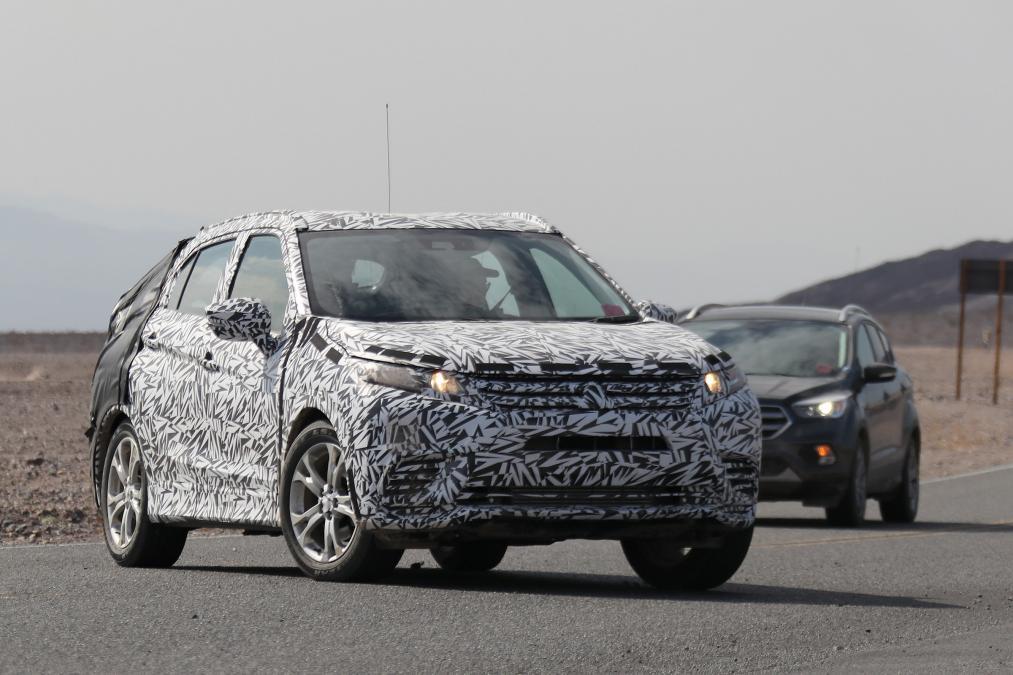 Новый Mitsubishi ASX замечен в американской пустныне