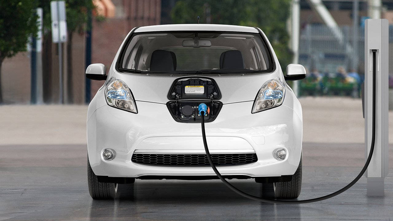 2017-nissan-leaf-charge-on-the-go-large.