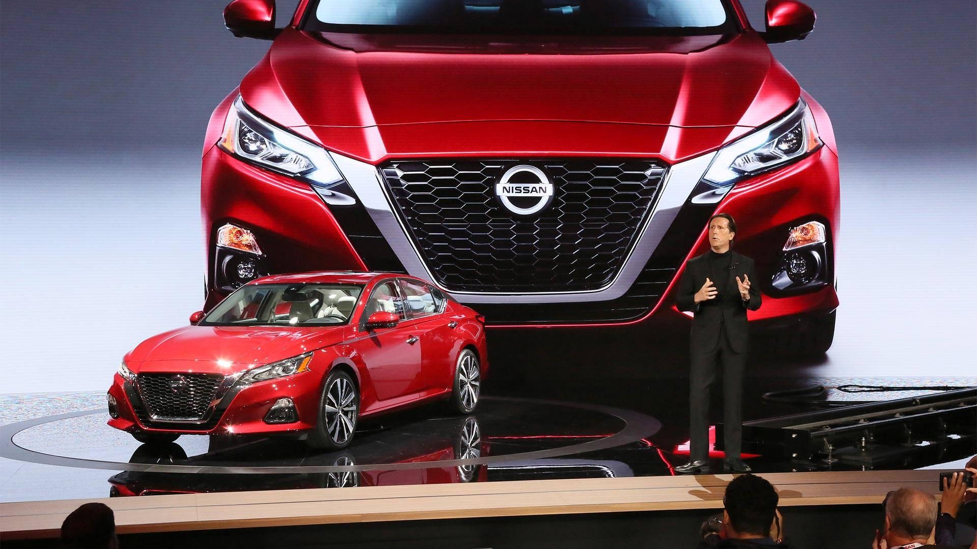 Ниссан представил седан Altima обновленного поколения