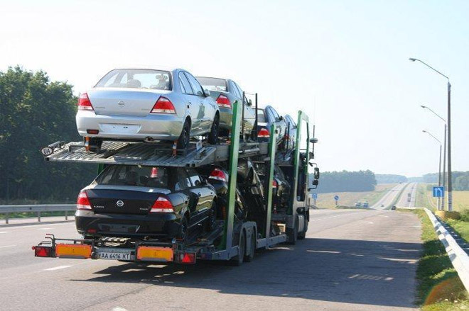 В пятницу могут снизить спецпошлины на автомобили
