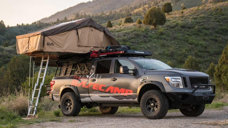 Пикап с палаткой для путешественников от Nissan