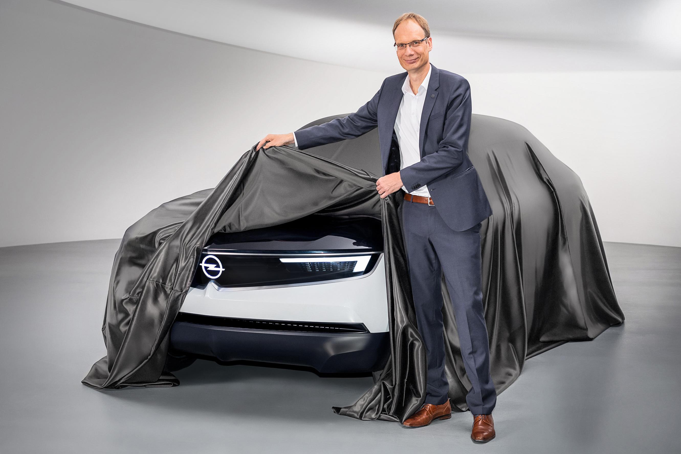 Шоукар GT X Experimental укажет путь развития будущих «Опелей»