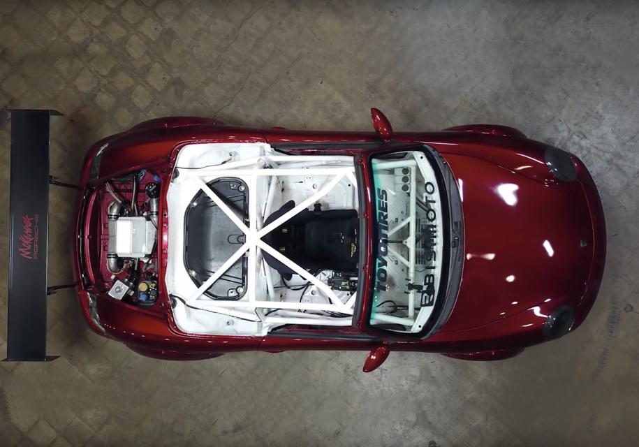 Американские тюнеры представили уникальную версию спорткара Porsche Boxter