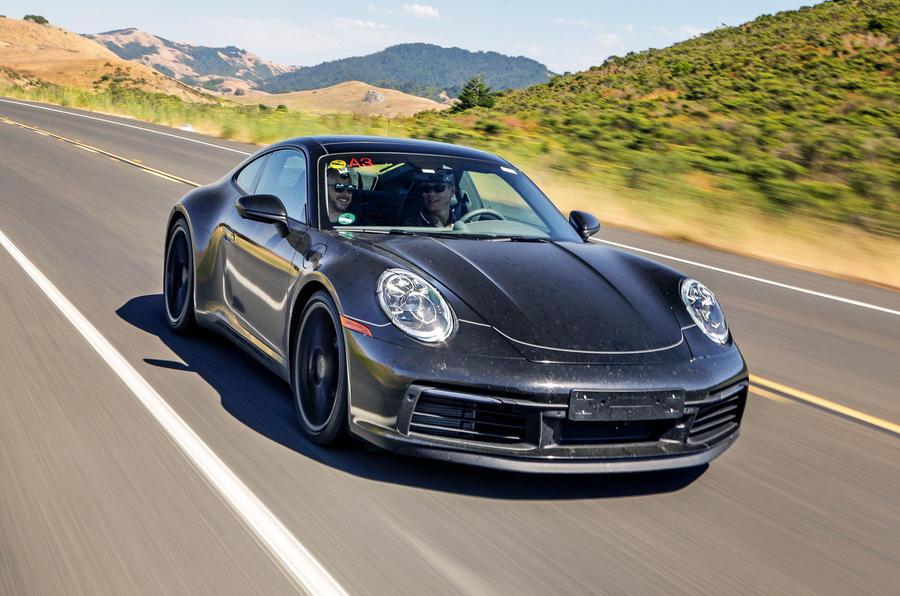 Премьера Porsche 911 нового поколения состоится в ноябре