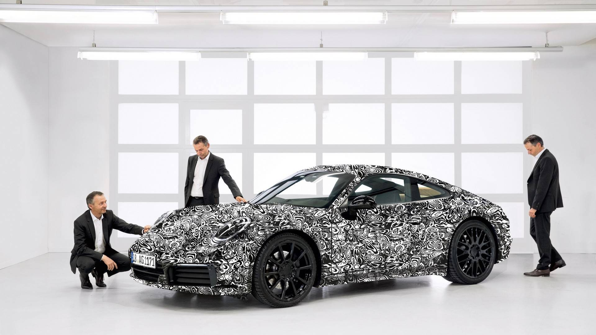 Порш представила новый тип спорткара-купе 911